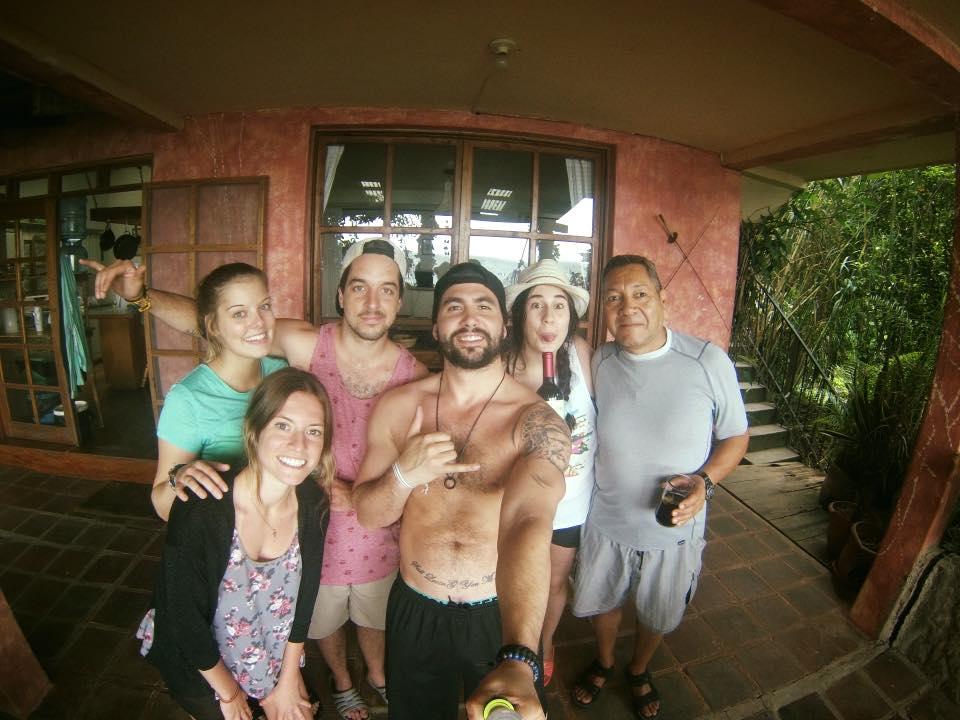 La familia à notre arrivée dans notre Airbnb à Lago de Atitlán